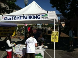 Solano Stroll – AS&R is providing Free Bicycle Valet Parking! @ Solano Avenue, Albany and Berkeley